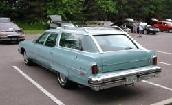 Looking for '71-76 Custom Cruiser Wagon ...